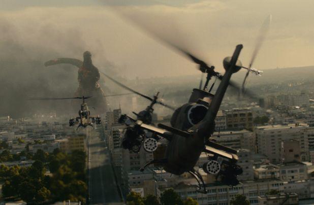 Shin Godzilla ataque con helicopteros