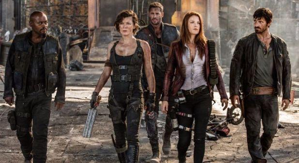Milla Jovovich, Shawn Roberts, Eoin Macken y Fraser James en 'Resident Evil: Capítulo final'