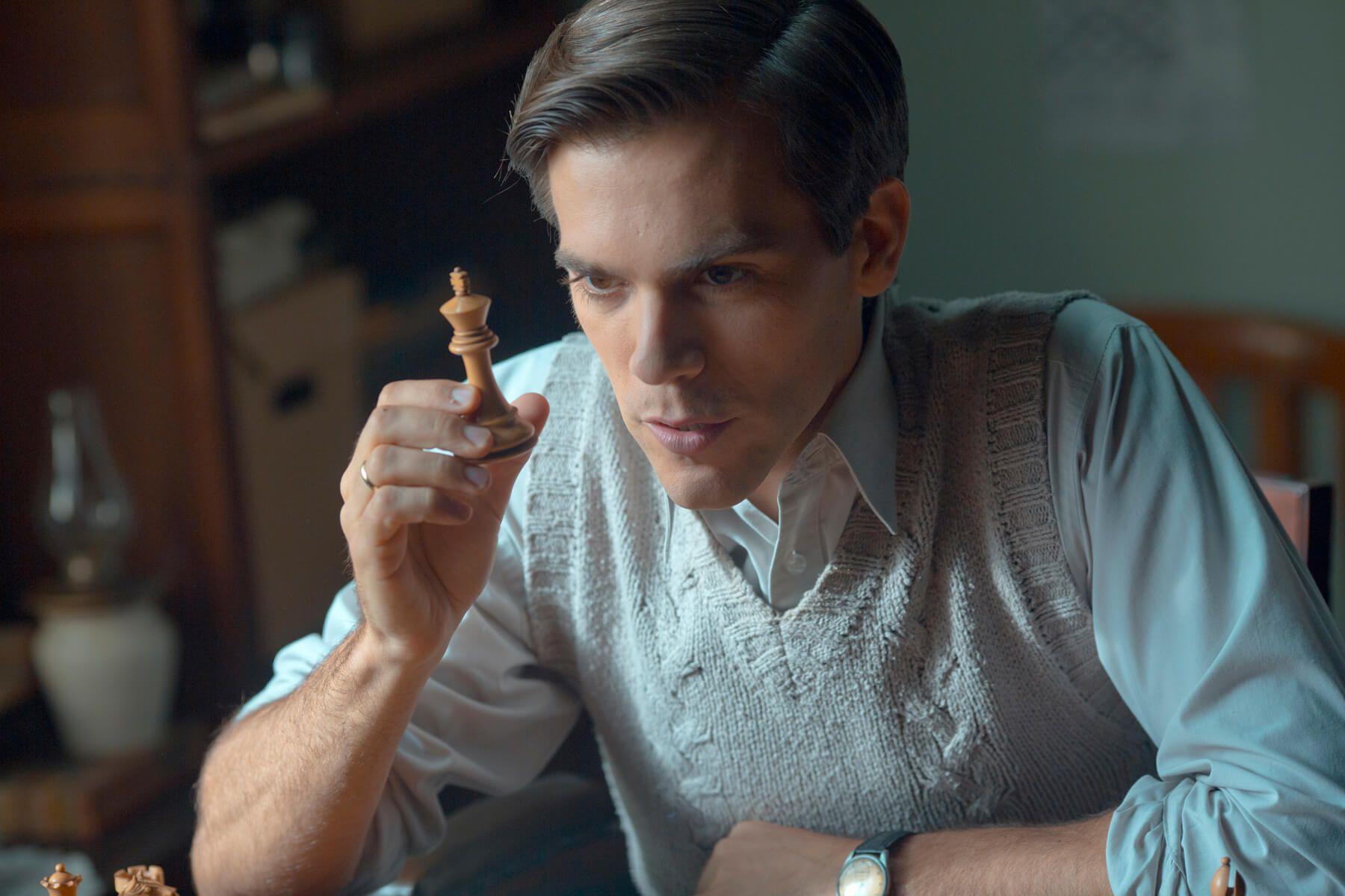 'El Jugador de Ajedrez'. La partida de ajedrez por ganar la vida.