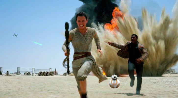 #noticiasUSA: El tráiler de 'Star Wars: The Last Jedi', el estreno de la segunda temporada de 'Riverdale' y habrá crossover entre 'The Walking Dead' y 'Fear The Walking Dead'