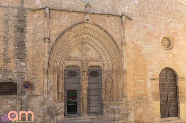 Chinchilla-Iglesia-Portada Gótica-1
