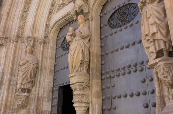 Chinchilla-Iglesia-Portada Gótica-12