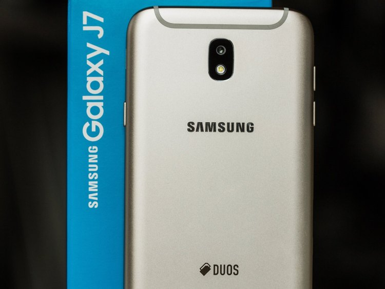 AndroidPIT-samsung-galaxy-j7-0874-w1400h1050