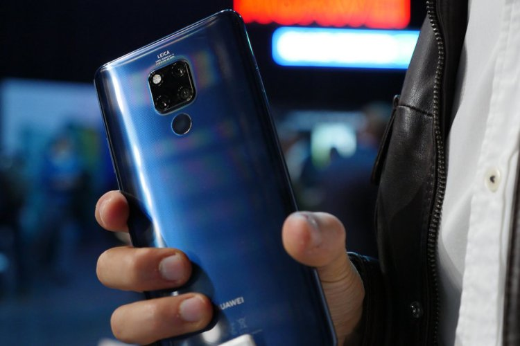 5G-Huawei-Mate-20-X-coming-for-those-of-you-that-dont-want-a-foldable-phone