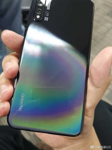 Huawei-Nova-5-Pro-live-shot