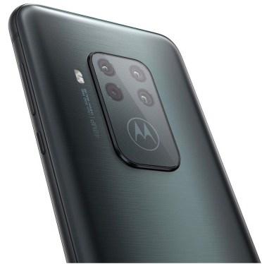 Motorola-One-Zoom-Black-Render-2