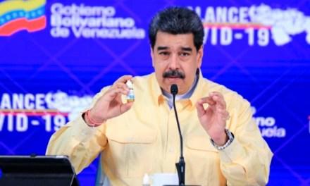 """VENEZUELA GANA LA CARRERA CONTRA EL COVID-19. PRESENTA NICOLÁS MADURO LAS """"GOTAS MÁGICAS"""""""