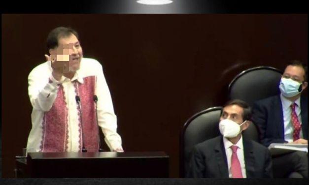 ¡A QUE MODALES DEL DIPUTADO NOROÑA!, DIPUTADO INSULTA A COMPAÑERA CON SEÑA OBSCENA EN LA CÁMARA