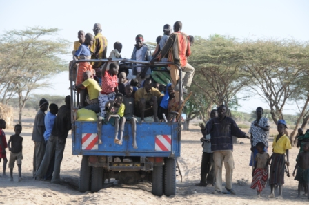 On the road - slightly crowded? No, this is Turkana, there is still plenty of room!