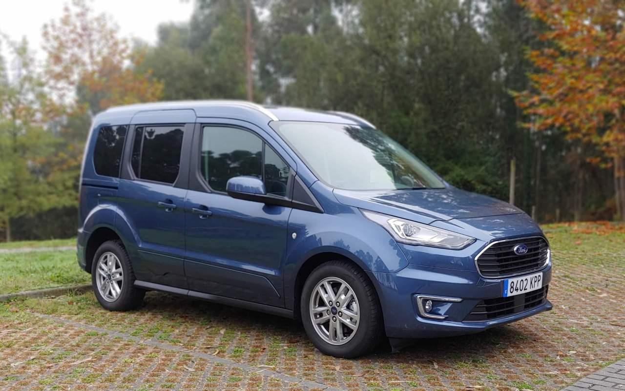 Ford Tourneo Connect Compac