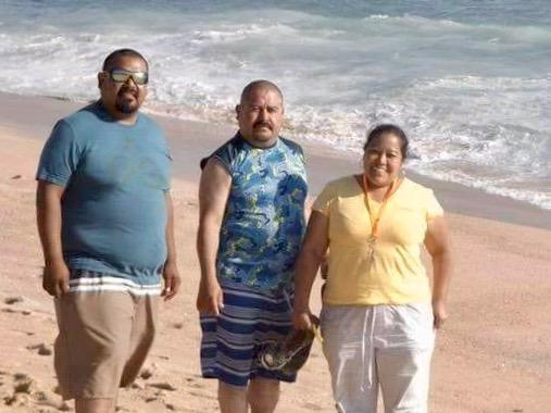Sandra Isabel, Víctor y Octavio, todos Rangel Veloz, originarios de Lagos de Moreno, murieron ahogados en playas de Michoacán.