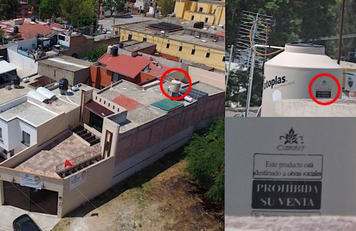 Casa de Iván Ruiz Esparza con tinaco para programas sociales