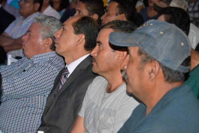 Asistentes al Tercer informe de Gobierno de Juan Alberto Márquez en Lagos de Moreno. Foto: Gobierno de Lagos de Moreno