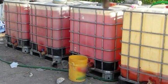 La PGR asegura 1600 litros de huachicol en Lagos de Moreno