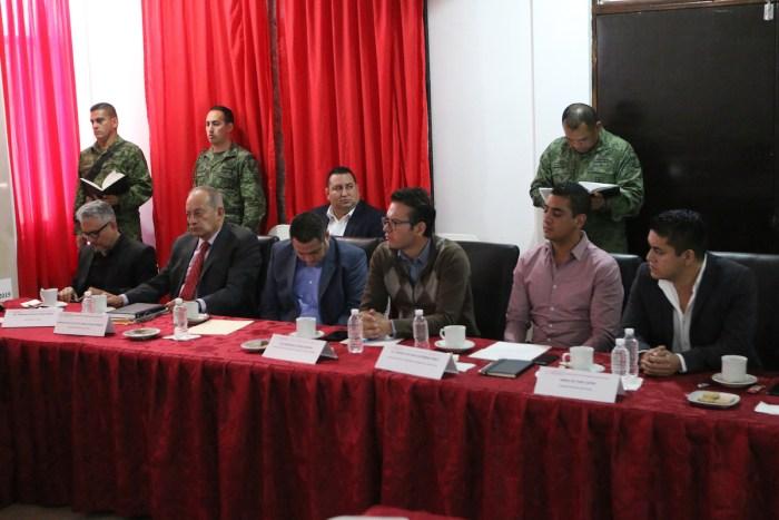 Reunión de Seguridad a la que asistió el Alcalde Tecutlí Gómez Villalobos