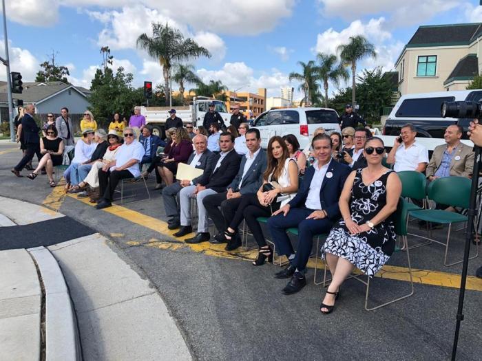 Celebración de 50 aniversario entre Lagos y Brea California
