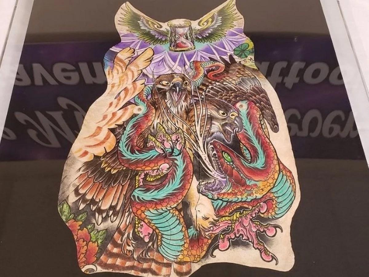 mantener el tatuaje despues de morir - noticias extrañas octubre