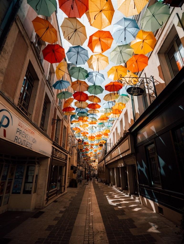 rue parapluie laon