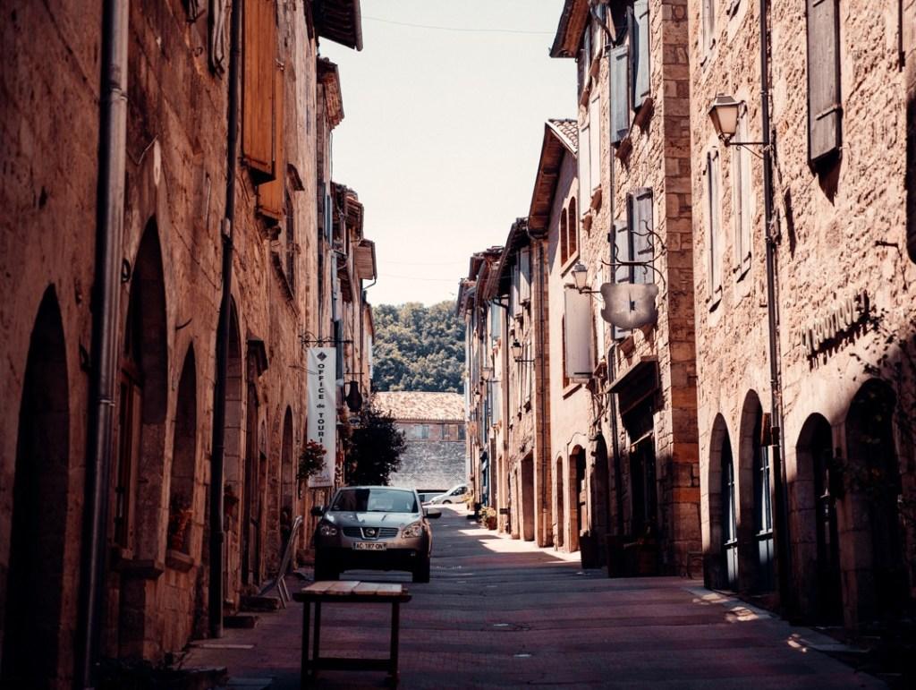 rue caylus