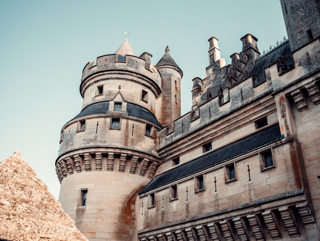 meurtrieres-chateau-pierrefonds