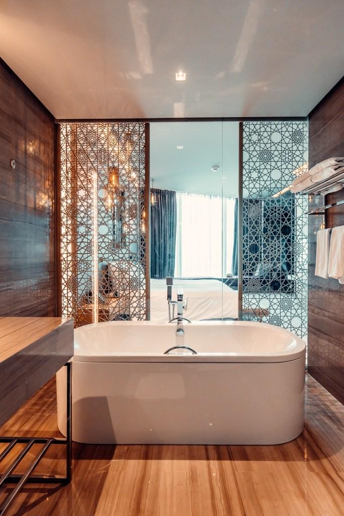 bathroom rixos premium