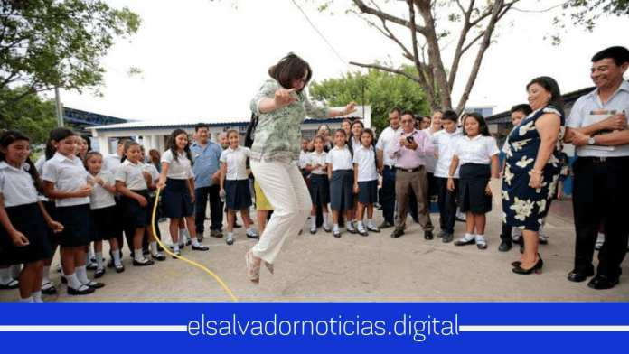 Jean Manes la Embajadora Estadounidense que ama y admira a El Salvador