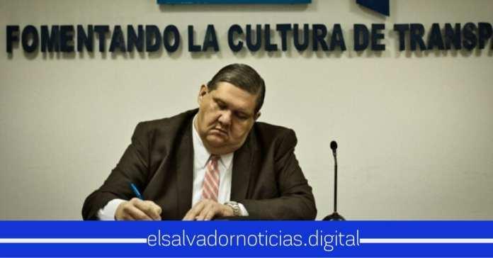 René Castro renuncia a Presidencia de AIP