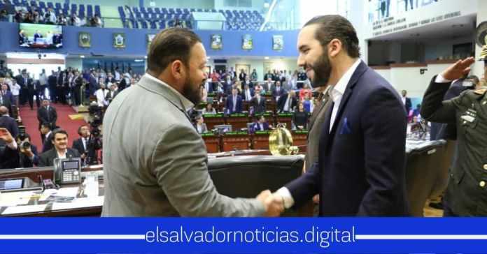 Guillermo Gallegos afirma que hoy más que nunca se nota que el Salvador tiene Presidente