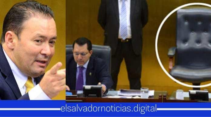 """""""Será un orgullo utilizar esa silla"""", Gallegos pide ocupar silla que retiró Mario Ponce, solo porque el presidente Bukele se sentó en ella"""