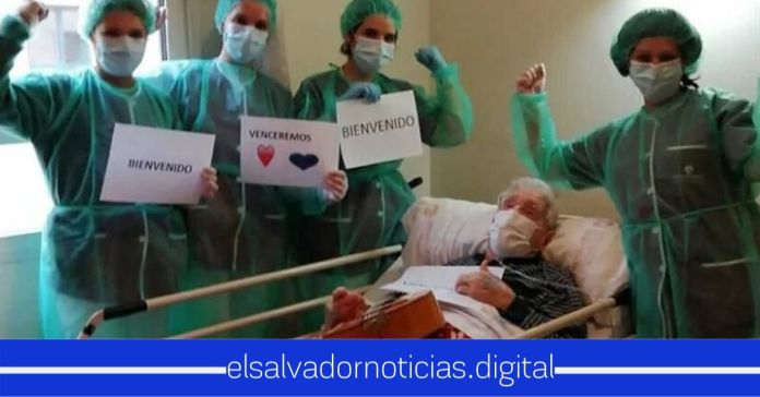 Abuelito de 98 años en España se recupera luego de estar en gravedad por el COVID-19