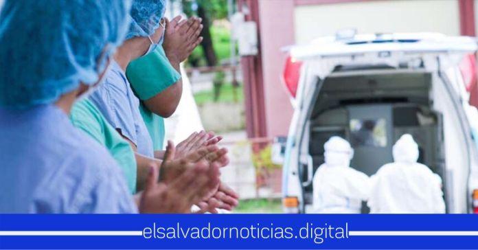 Gobierno recibe donativo de 10 mil dólares destinado para el combustibles de ambulancias