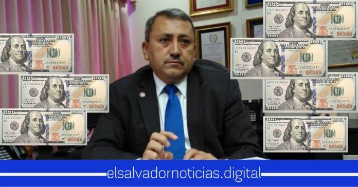 Diputado Carlos Reyes tiene al menos a 8 familiares y amigos trabajando en la Corte de Cuentas