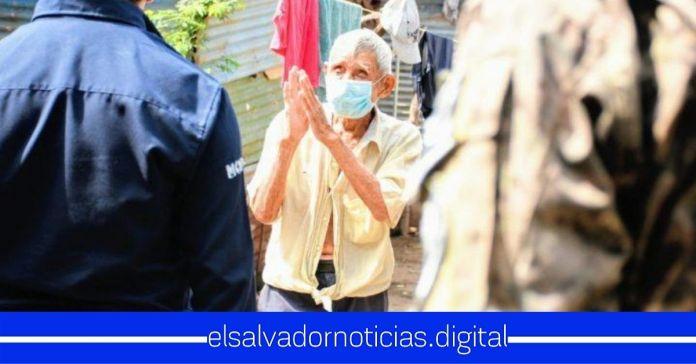 Ciudadanos de la Isla Tasajera agradecen al Presidente Bukele por la pronta construcción de una clínica