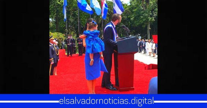 Familia Presidencial comparten con orgullo junto al pueblo salvadoreño la conmemoración del día de la independencia