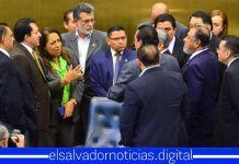 Diputados acuerdan que los alcaldes puedan utilizar el 75% del FODES para el pago de sus obligaciones