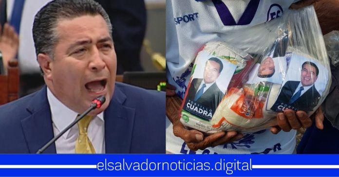 Portillo Cuadra mete hasta 3 veces fotografía de su cara en bolsas desesperado para que el pueblo vote por él