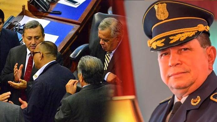 Juez deja en ridículo la petición de los diputados de destituir al Director de la Policía Nacional Civil, ordena sobreseimiento definitivo