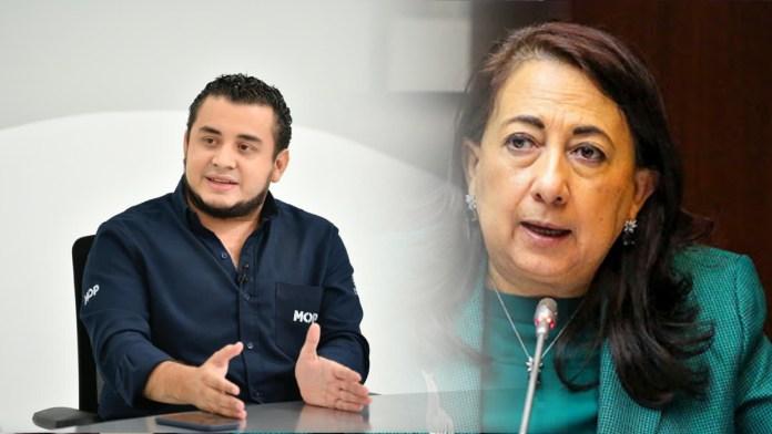 Romeo Herrera le pela la cara a Yanci Urbina, luego de que ella publicara que faltan documentación aunque se entregó hasta 3 veces.