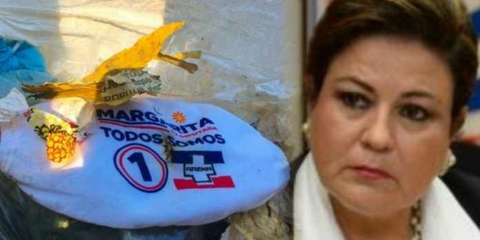 Salvadoreños votan a la basura camisas de Margarita de Escobar demostrando que no votarán nunca más por su corrupto partido