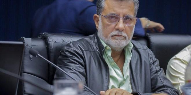 FMLN manifiesta que firmas no los compromete a aprobar destitución de Bukele