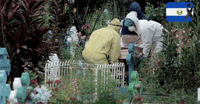 Enero cierra como el mes con más muertes por COVID-19 desde el primer registro en El Salvador