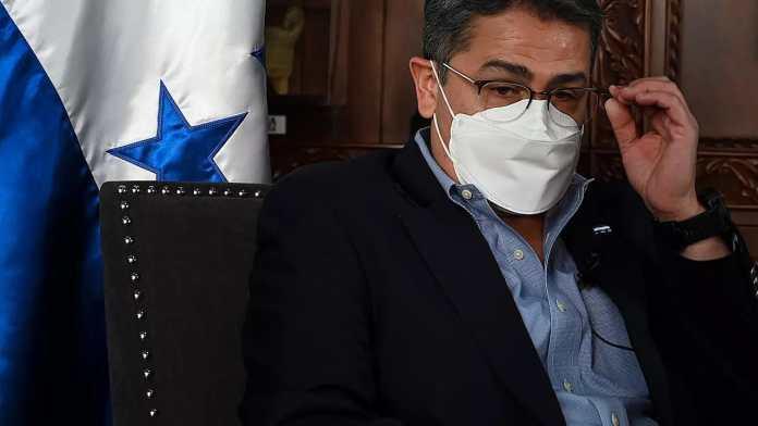 Presidente de Honduras ayudó a traficar toneladas de cocaína a EEUU