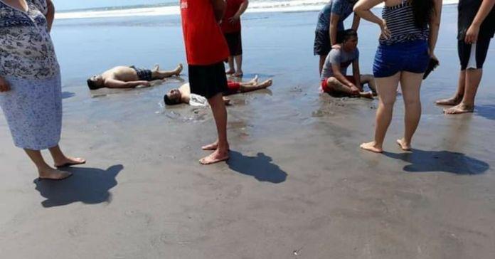 Cinco personas fueron arrastrados por las olas en la Costa del Sol, quedando dos de ellos ahogados