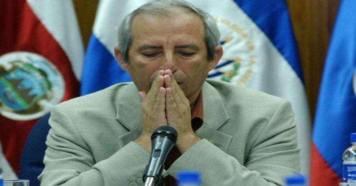 Ratifican orden de captura contra Sigfrido Reyes por los delitos de corrupción y crimen organizado