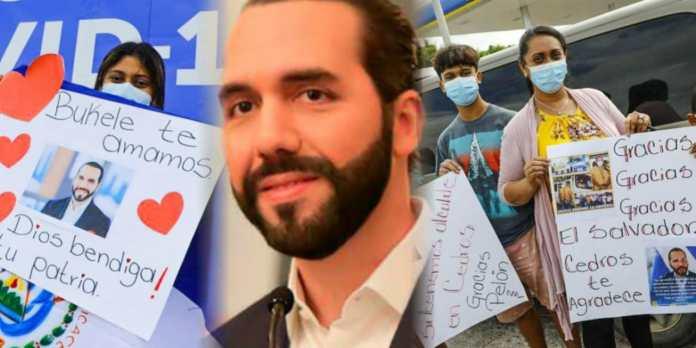 Hondureños continúan saliendo a las calles con carteles para agradecer a El Salvador el donativo de vacunas