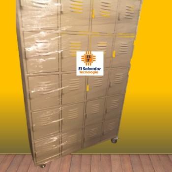 Locker de 4 Cuerpos 20 Puertas Con Rodos