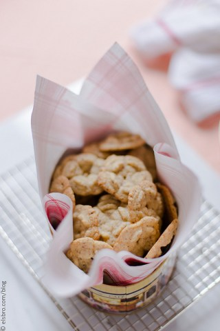 Almond and Chickpea Flour Cookies