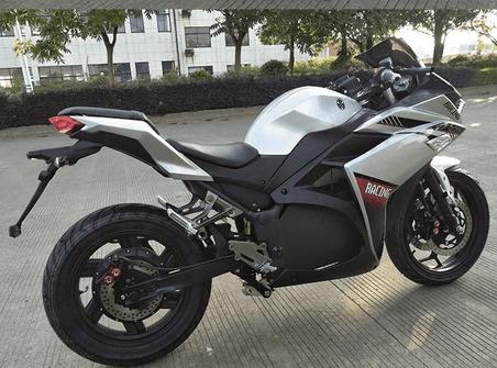 motorcykel racing2    Titan Z30