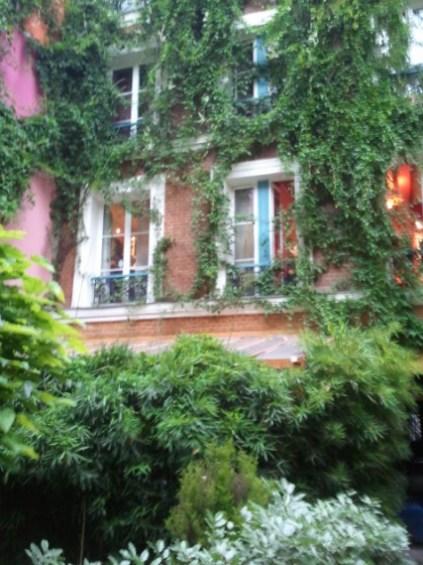 Una habitacin con vistas en el centro de Pars Barata y con encanto sil vous plat  EL SIBARITA ACCIDENTAL