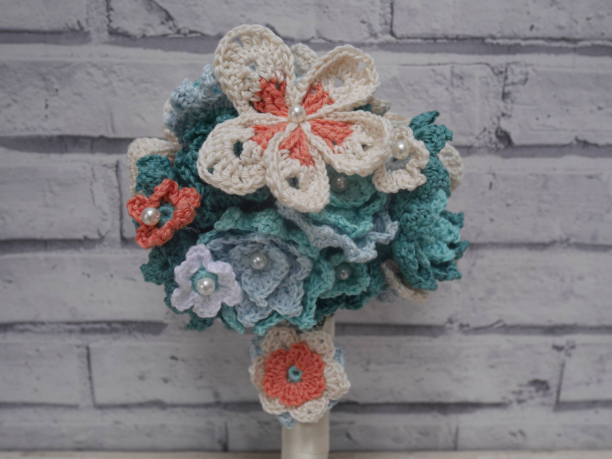 Crochet wedding bouquet - the big reveal! - Elsie Pop